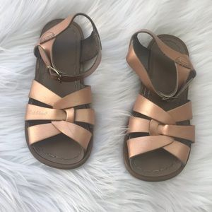 Saltwater Sandals Rose Gold Size 11